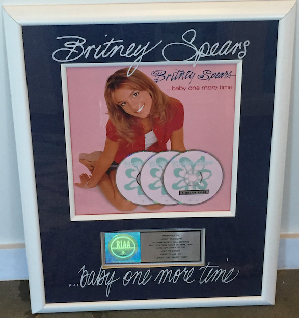 an-xcycle-ride-a-piece-of-me-weekend-in-vegas-with-an-exclusive-britney-spears-album-plaque-from-manager-larry-rudolph-s-personal-collection-80da